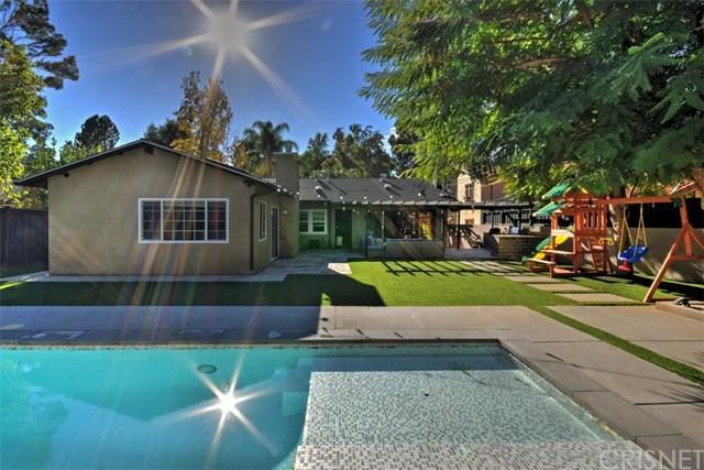 22263 Avenue San Luis, Woodland Hills, CA 91364 (#SR18285681) :: Ardent Real Estate Group, Inc.