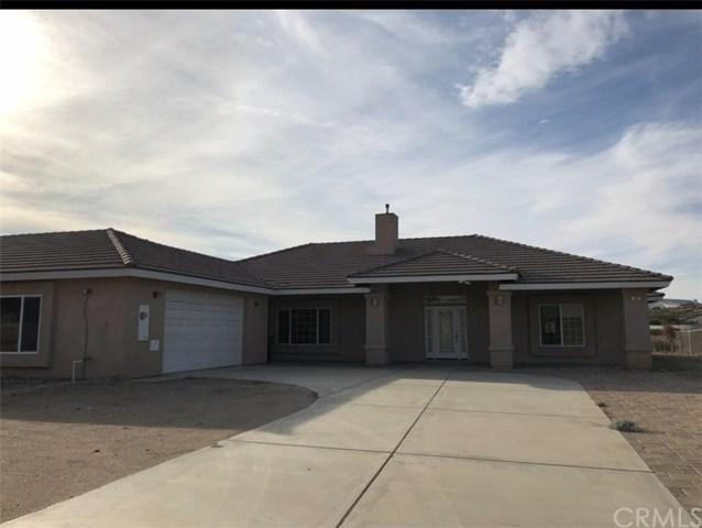 7020 Aster Road, Oak Hills, CA 92344 (#TR18286784) :: Fred Sed Group