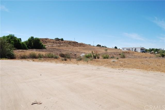 25 Mapes Road, Perris, CA 92570 (#RS18287015) :: RE/MAX Empire Properties
