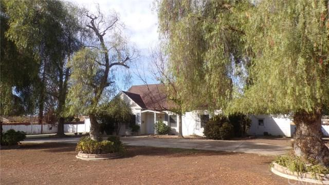 1807 Terrace Place, Delano, CA 93215 (#SW18287274) :: Fred Sed Group