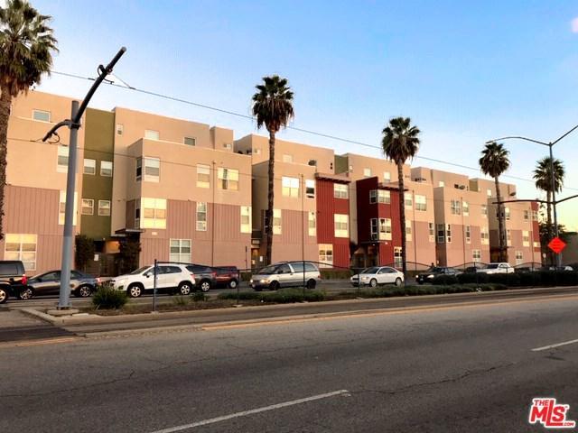 1880 Long Beach #5, Long Beach, CA 90806 (#18412878) :: Fred Sed Group