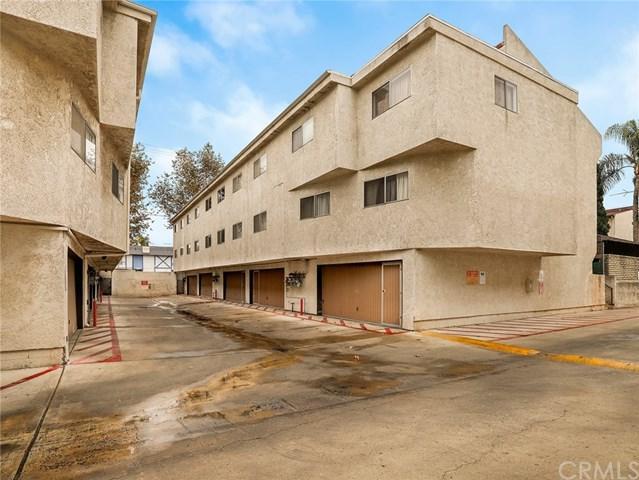 7439 Woodman Avenue #27, Van Nuys, CA 91405 (#BB18287482) :: Fred Sed Group