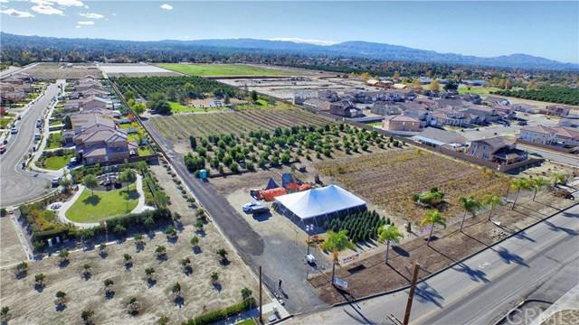 1 E San Bernardino Avenue, Redlands, CA 92373 (#EV18287619) :: Ardent Real Estate Group, Inc.