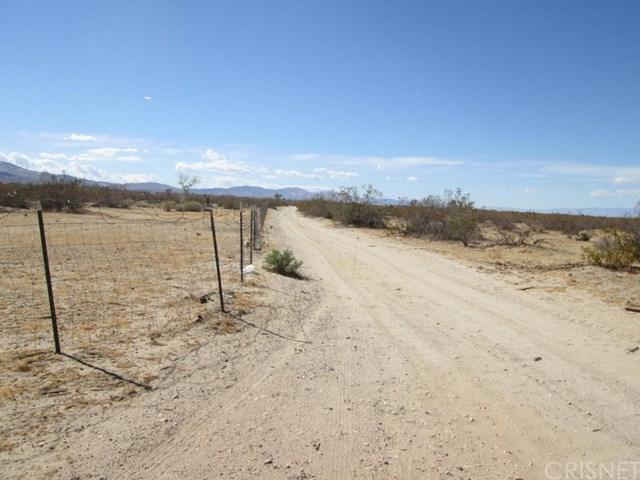 0 Avenue T8 & 121 St East, Pearblossom, CA 93553 (#SR18287713) :: Fred Sed Group