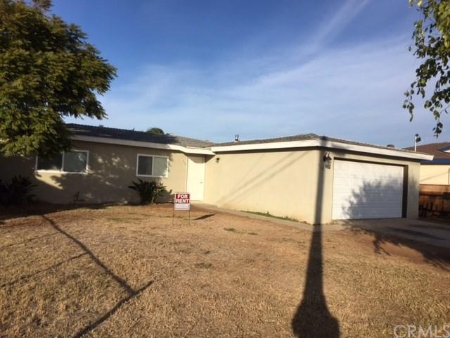 710 Hemlock Avenue, Imperial Beach, CA 91932 (#PW18287706) :: Fred Sed Group