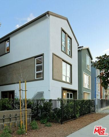 2700 E Chaucer Street #46, Los Angeles (City), CA 90065 (#18414190) :: Fred Sed Group