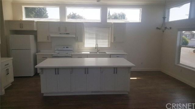 34 Canterbury -, Northridge, CA 91324 (#SR18288065) :: Ardent Real Estate Group, Inc.