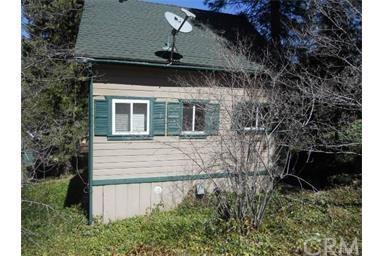 22946 Redwood Way, Crestline, CA 92325 (#CV18288096) :: Fred Sed Group