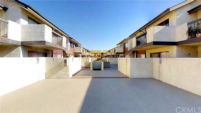 15000 Halldale Avenue #204, Gardena, CA 90247 (#BB18288074) :: Fred Sed Group