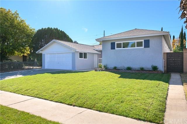 6943 Cozycroft Avenue, Winnetka, CA 91306 (#CV18289036) :: Fred Sed Group