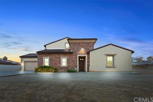 17529 Burl Hollow Drive, Riverside, CA 92504 (#IV18289030) :: A|G Amaya Group Real Estate