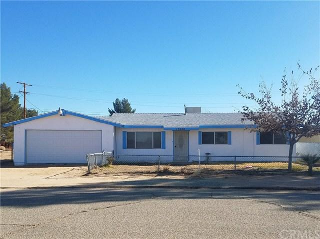 13668 Gilbert Street, North Edwards, CA 93523 (#CV18288781) :: Pismo Beach Homes Team