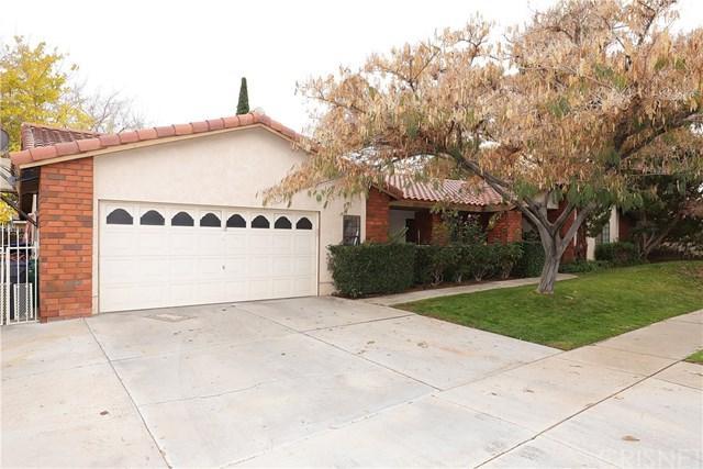 408 Bogie Street, Palmdale, CA 93551 (#SR18290073) :: Mainstreet Realtors®