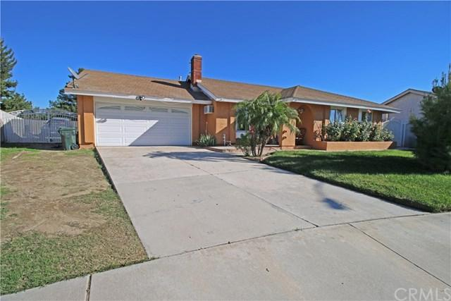 739 S Iris Avenue, Rialto, CA 92376 (#EV18288898) :: Kim Meeker Realty Group
