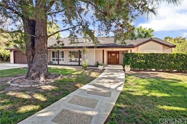 10330 Oso Avenue, Chatsworth, CA 91311 (#SR18290261) :: Go Gabby
