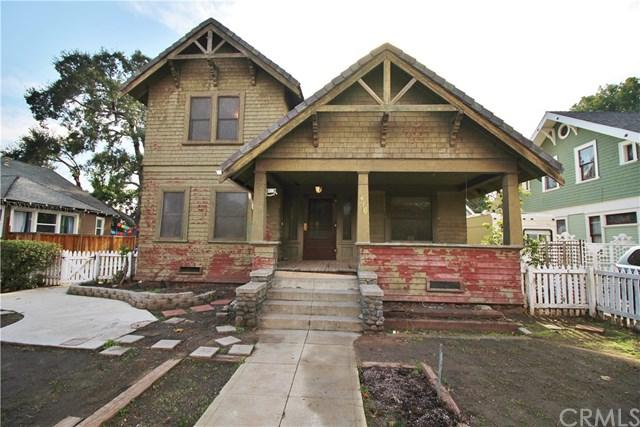 416 W Alvarado Street, Pomona, CA 91768 (#CV18290334) :: Cal American Realty