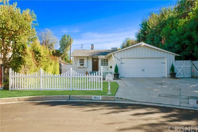 5644 Topeka Drive, Tarzana, CA 91356 (#SR18284698) :: Fred Sed Group