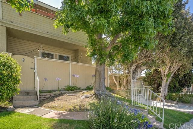 1900 Voorhees Avenue C, Redondo Beach, CA 90278 (#SB18290758) :: Keller Williams Realty, LA Harbor