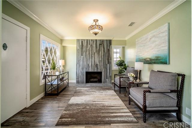 380 Wisconsin Avenue, Long Beach, CA 90814 (#SR18290917) :: Zilver Realty Group