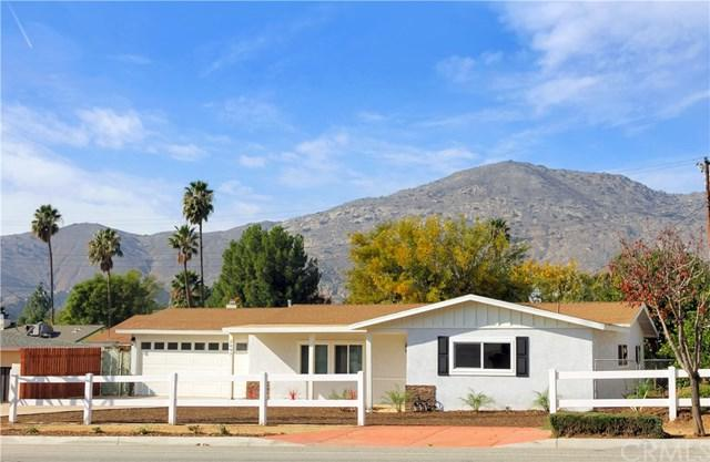 2407 Armstrong Road, Jurupa Valley, CA 92509 (#IV18289351) :: Fred Sed Group