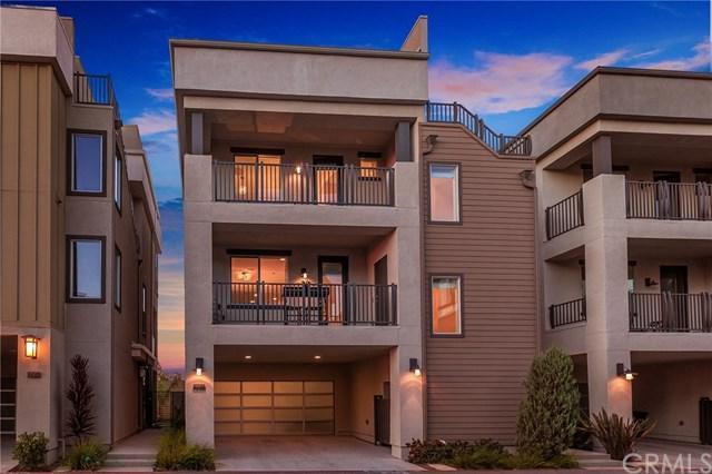1062 Hampton Drive, Costa Mesa, CA 92627 (#CV18284271) :: Zilver Realty Group