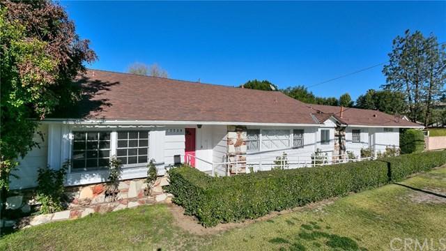 13739 Erwin Street, Van Nuys, CA 91401 (#BB18289182) :: Kim Meeker Realty Group