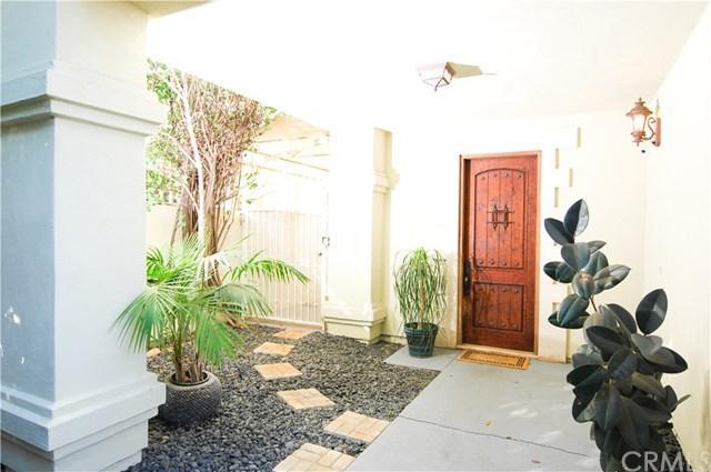 3215 Cheviot Vista Place, Los Angeles (City), CA 90034 (#SW18290423) :: PLG Estates