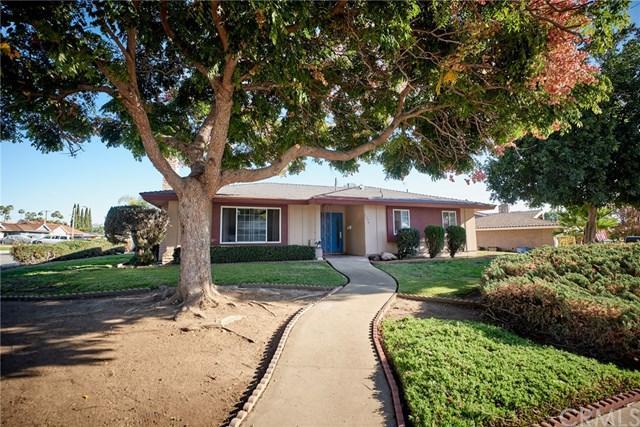 3274 Robin Way, Pomona, CA 91767 (#CV18289387) :: Cal American Realty