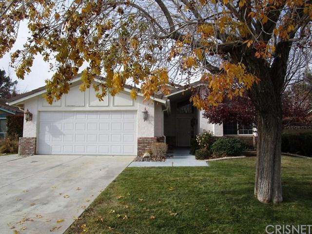 44301 31st Street W, Lancaster, CA 93536 (#SR18291868) :: Fred Sed Group