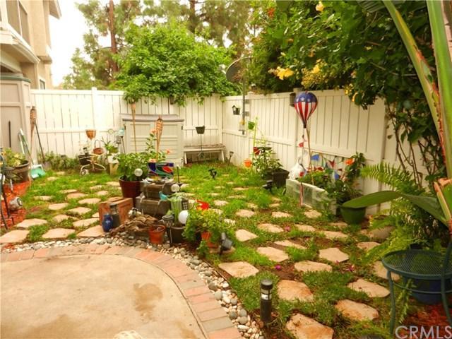 4 Coventry Lane, Aliso Viejo, CA 92656 (#OC18291898) :: Pam Spadafore & Associates