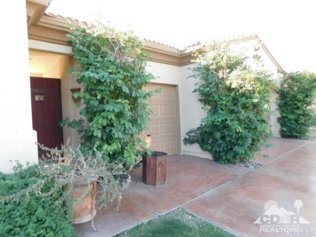99 Cachanilla Court, Palm Desert, CA 92260 (#218034958DA) :: McKee Real Estate Group Powered By Realty Masters & Associates