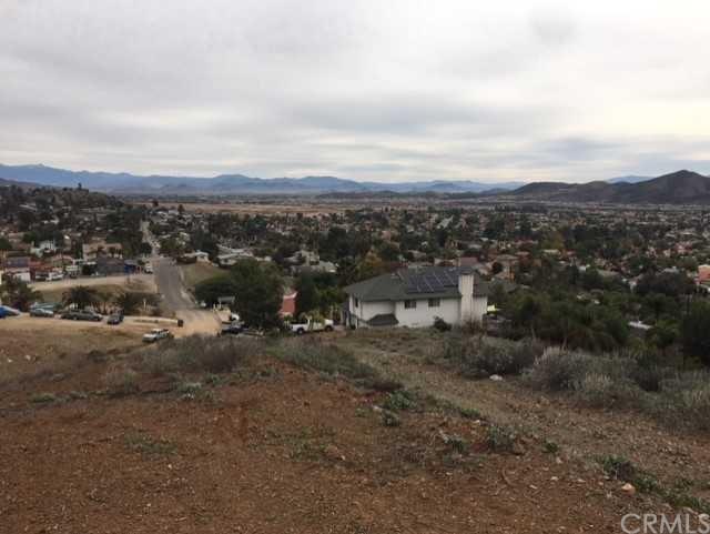 0 Casa Bonita, Canyon Lake, CA  (#IV18291316) :: Fred Sed Group