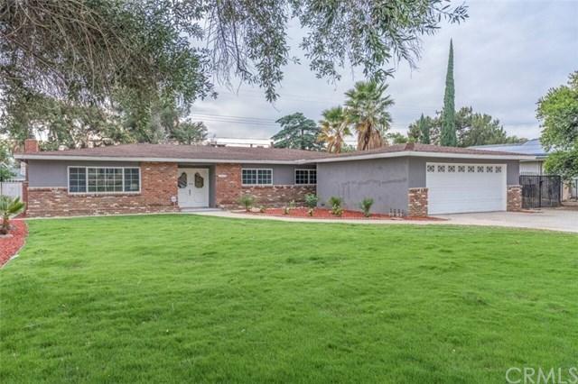 5766 Magnolia Avenue, Rialto, CA 92377 (#CV18291599) :: Kim Meeker Realty Group