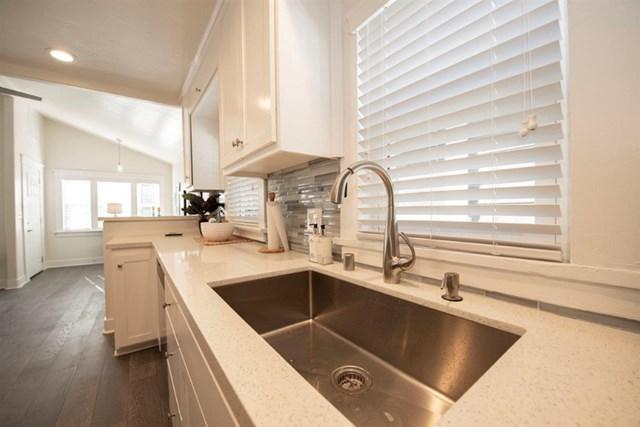 905 23rd St, San Diego, CA 92102 (#180067608) :: Fred Sed Group