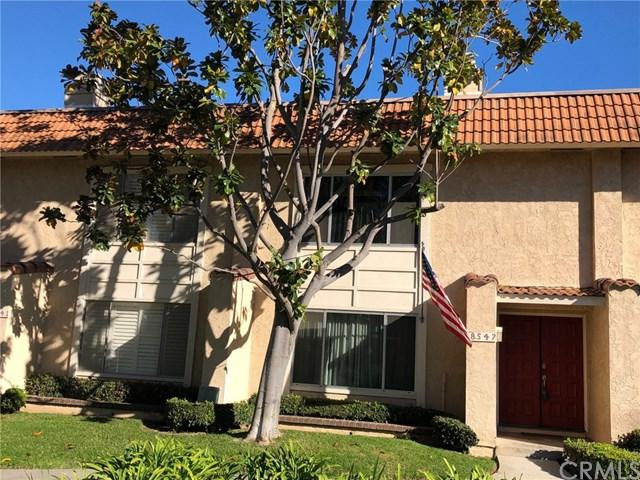 18547 Edgebrook Lane, Huntington Beach, CA 92648 (#OC18292008) :: DSCVR Properties - Keller Williams