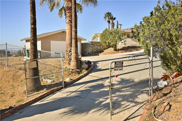 277 Mount Shasta Drive, Norco, CA 92860 (#NP18292141) :: Fred Sed Group