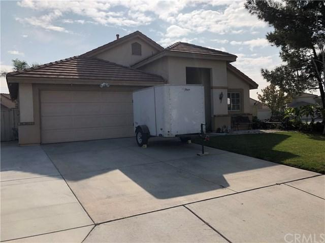 823 W Woodcrest Street, Rialto, CA 92376 (#EV18292625) :: Fred Sed Group
