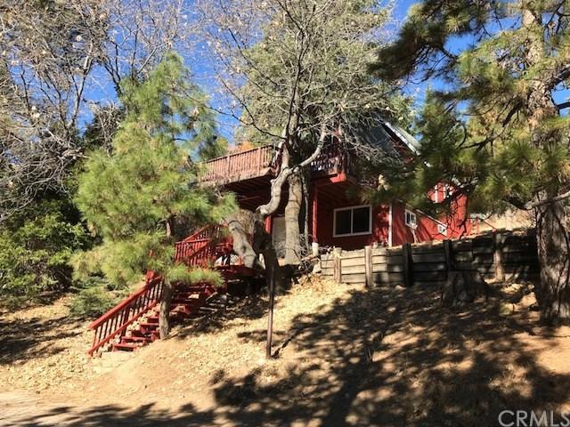 31442 Valley Ridge Drive, Running Springs Area, CA 92382 (#EV18292974) :: Kim Meeker Realty Group