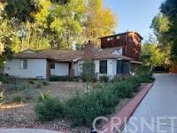 18806 Wells Drive, Tarzana, CA 91356 (#SR18293028) :: Fred Sed Group