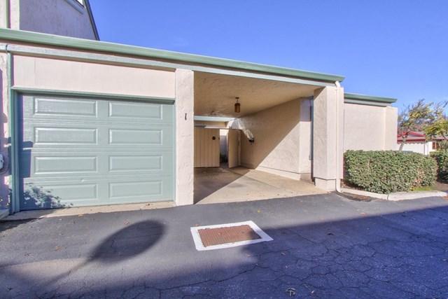 1253 Los Olivos Drive #1, Salinas, CA 93901 (#ML81733545) :: RE/MAX Parkside Real Estate