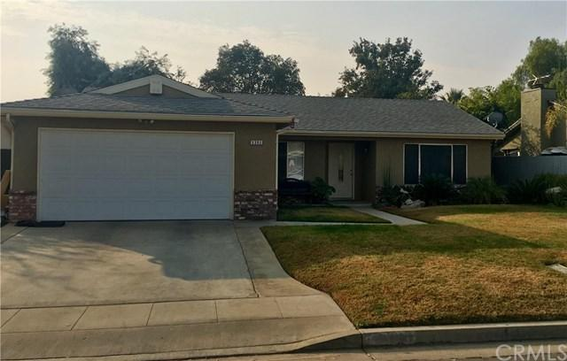 5393 W Ashcroft Avenue, Fresno, CA 93722 (#FR18297069) :: California Realty Experts