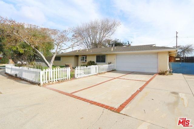 4572 Via Nina, Santa Maria, CA 93455 (#18418082) :: The Laffins Real Estate Team