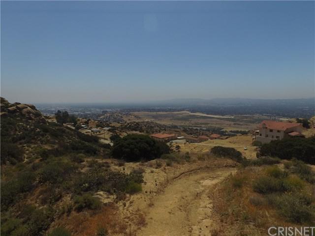 1 Thompson Lane, Chatsworth, CA 91311 (#SR19001570) :: RE/MAX Parkside Real Estate