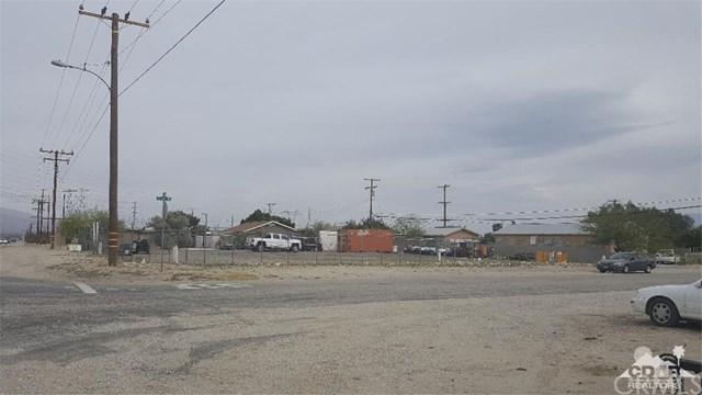 64211 Dillon Road, Desert Hot Springs, CA 92258 (#219000521DA) :: Fred Sed Group
