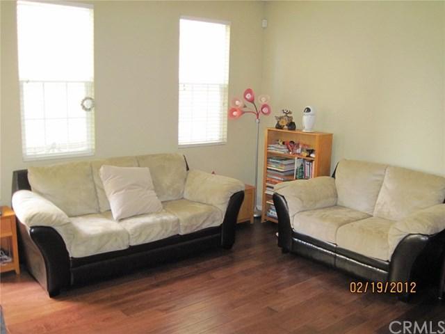 10432 Via Cara, Montclair, CA 91763 (#TR18284157) :: Impact Real Estate