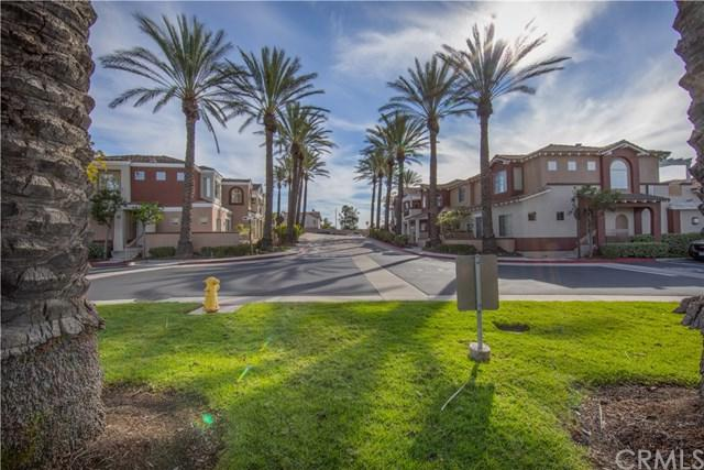 108 Santa Barbara Court, Lake Forest, CA 92610 (#OC19005391) :: Berkshire Hathaway Home Services California Properties