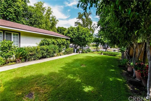 16738 Index Street, Granada Hills, CA 91344 (#SR19008308) :: Fred Sed Group