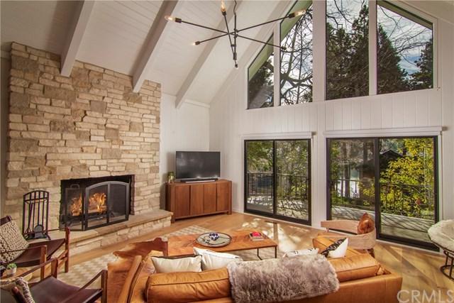 27956 S Peninsula Drive, Lake Arrowhead, CA 92352 (#EV19009085) :: California Realty Experts