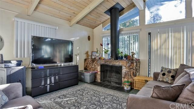 854 Arbula Drive, Crestline, CA 92325 (#EV19009174) :: California Realty Experts