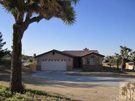 61178 Prescott, Joshua Tree, CA 92252 (#219001491DA) :: Steele Canyon Realty